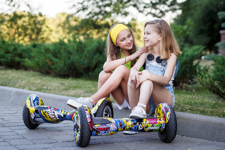 Electrical Toys & Childcare