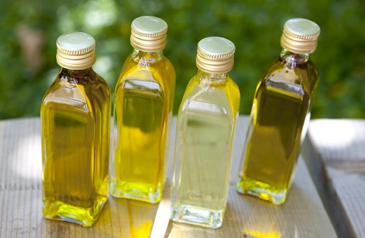 Verschiedene Pflanzenöle