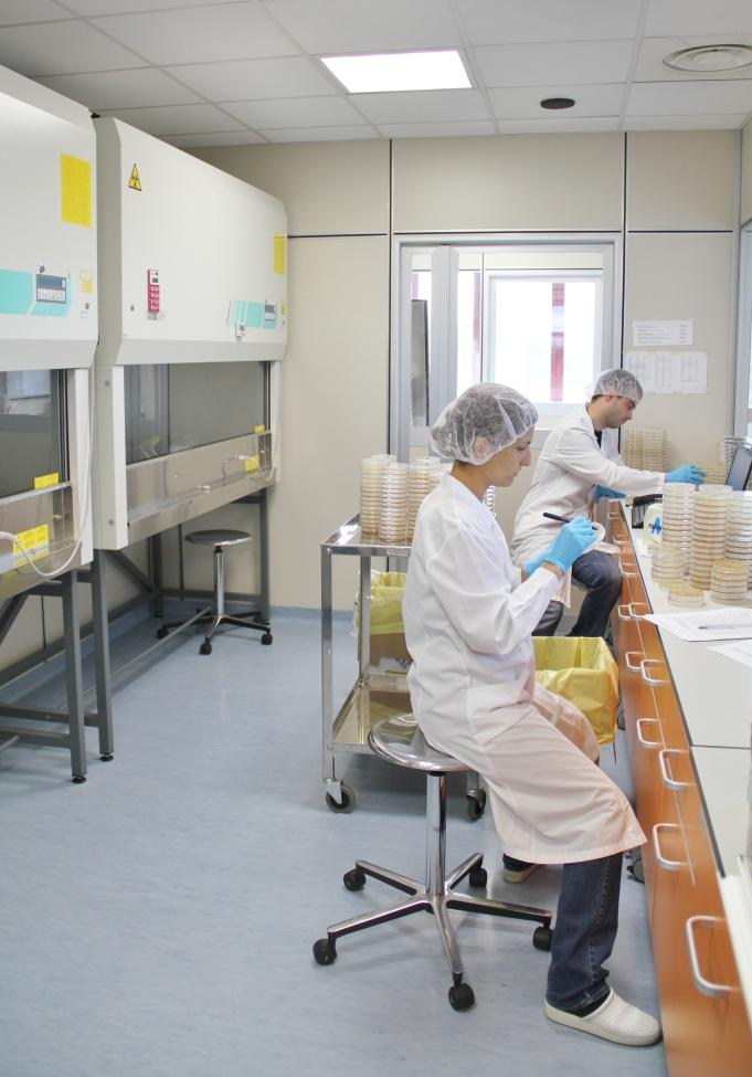 Eurofins_Biolab_CTP_Laboratories_Microbiologia06