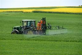 macchine e pesticidi